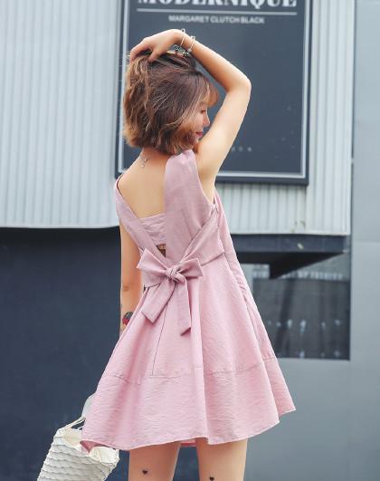 夏季新款时尚甜美收腰A摆露后背蝴蝶结无袖连衣裙(图1)